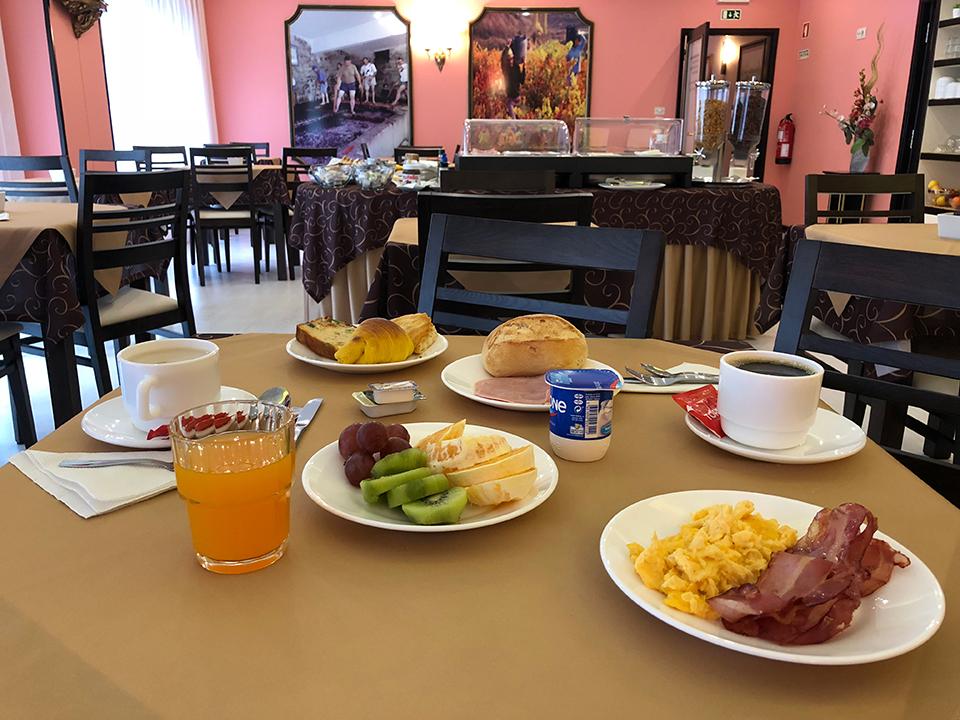 Sala de Pequeno-Almoço